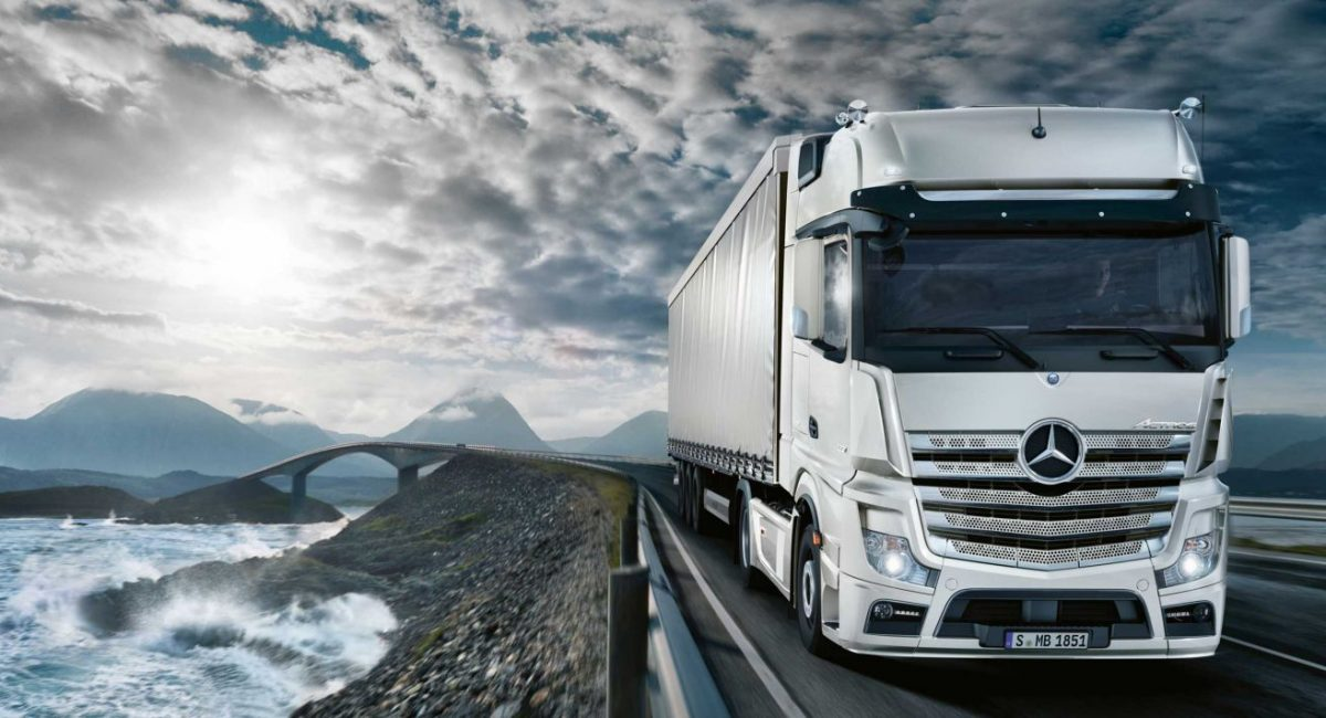 01-mercedes-benz-trucks-2017-actros-1851-bm-963-3400x1440